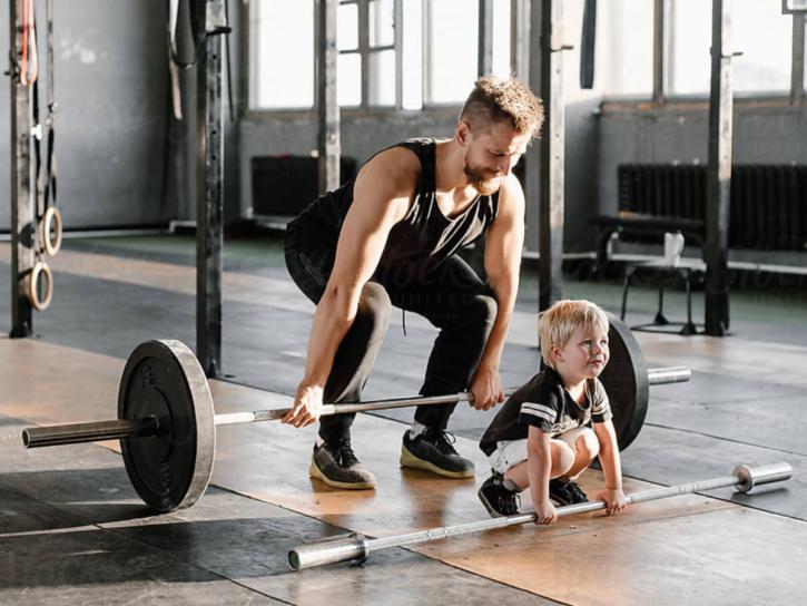 デッドリフトは初心者こそやるべき最強・最速のトレーニング